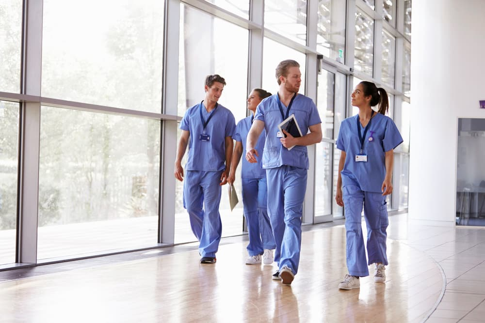 6 Benefits of Working for a Health Care Agency