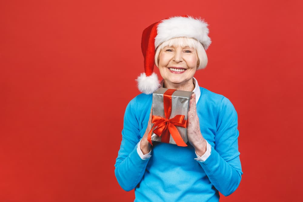 Helping Seniors Make the Most of the Holiday Season